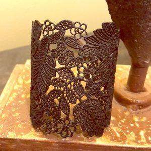 Jewelry - Blank lace design cuff